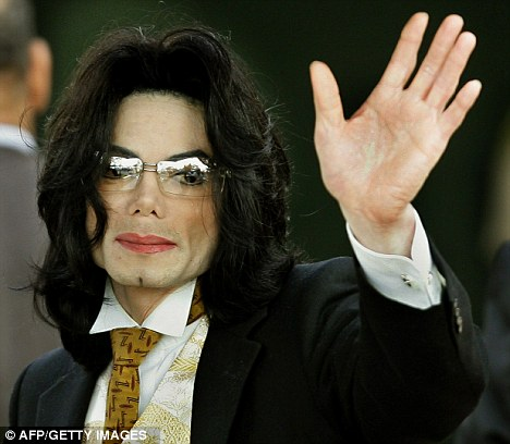 Key Witness in Michael Jackson's Death Trial Moves to Thailand