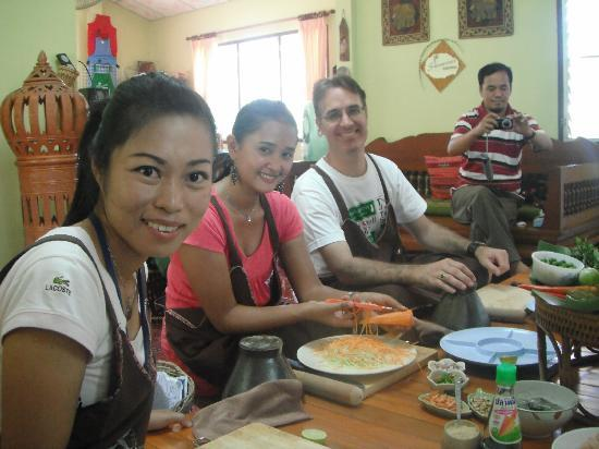 Learning to Cook in Chiangrai