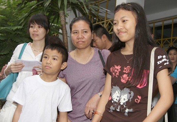 Immigration Releases Stateless Family