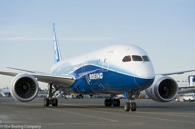 Boeing 787 Dreamliner Lands in Bangkok for Dream Tour