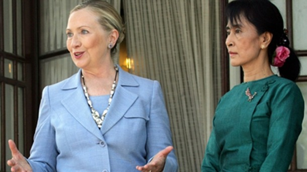 Clinton Says Meaningful Progress Possible for Myanmar