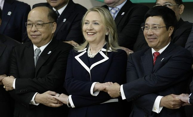 Secretary of State Hillary Clinton Pledges $50 Million for Lower Mekong River Projects