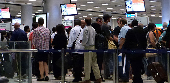 Overload Conditions for Immigration at Suvarnabhumi Airport