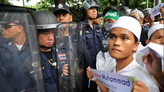 Google, US Embassy Become Muslim Protest Grounds in Bangkok