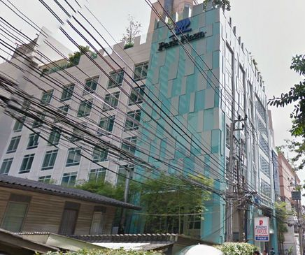 Australian and a Canadian Found Dead in Bangkok Hotel