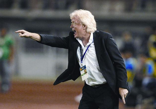 Thailand Manager Winfried Schaefer points way for Thailand