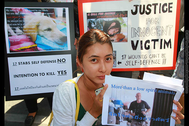 50 members of the Call for Animal Rights Thailand and Animal Lovers in Thailand gathered outside the embassy to pass a warning letter to Gert Alfred Grewe, 65, who was accused of killing a golden retriever last month