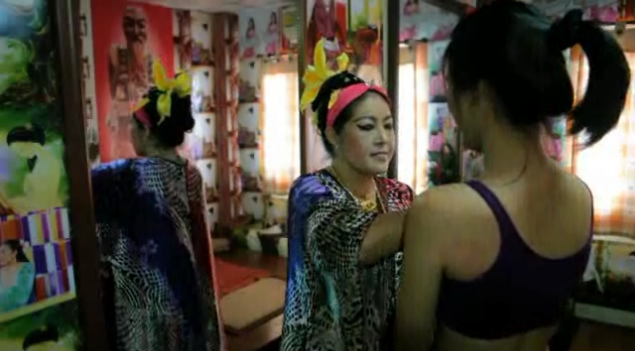 The Pursuit of Beauty in Thailand, Thais try to be Whiter, Brighter and Bigger
