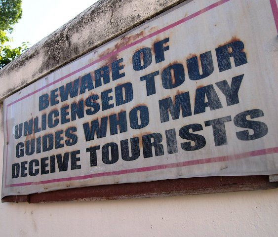 """Govt Warns Scammers """"Don't Hurt Thailand's Tourism Industry"""""""