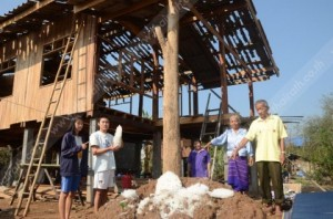 In Lampang, about 10 villages with 800 homes in Serm Ngam districts were evacuated after their houses were destroyed.