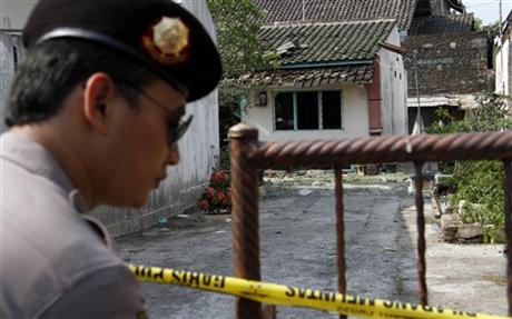 """Indonesian Woman Kills Son Over """"Small Penis"""""""