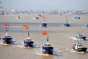 Hundreds of fishing boats are leaving Chinese harbors to converge on and occupy the waters around the Diaoyu Islands. They will be backed by several helicopter patrol ships of the Chinese coast guard.