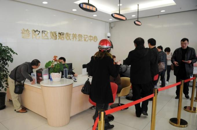 Looming House Tax Compels Chinese to Divorce