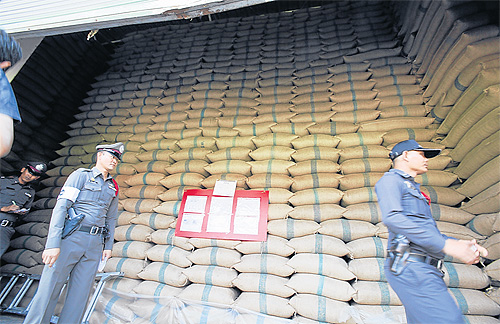 Government to Sell Rice Stocks at a Loss