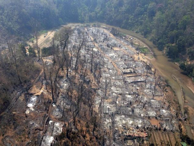 Horrific Fire Burns 400 Refugee Homes and Left over two Thousand Homeless