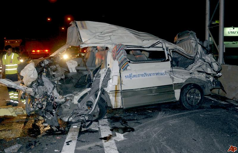 The last dangerous day for Songkran revelers, there were 247 traffic accidents with 36 deaths and 257 injuries reported