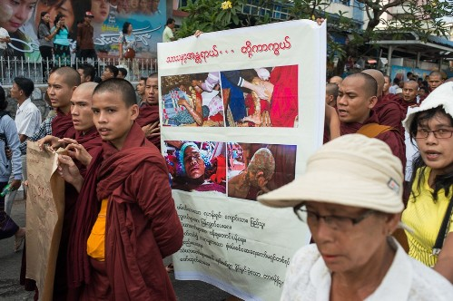 The monks rallied despite a government apology over the violence during the earlier demonstration