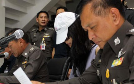 Pol Maj-General Chawalit Sawaengphuet, yesterday presented two recent arrests,