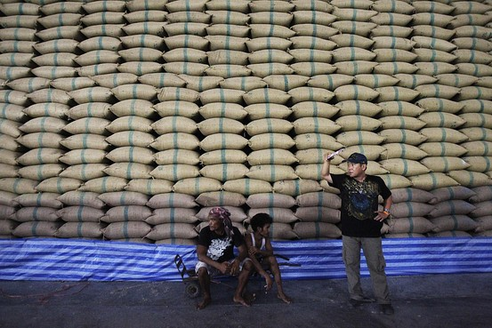 Thailand's Rice Farmers Threaten Protests