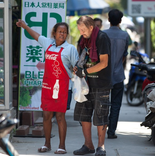 "Homeless Expats ""Foreigners"" on the Rise in Thailand"