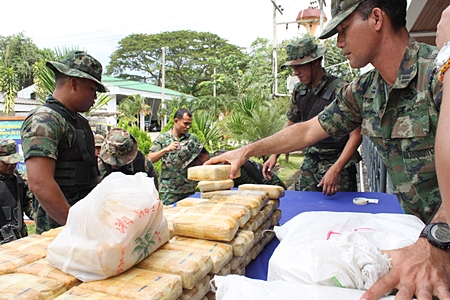 Narcotics Suppression Police Take Down Drug Trafficker in Phayao