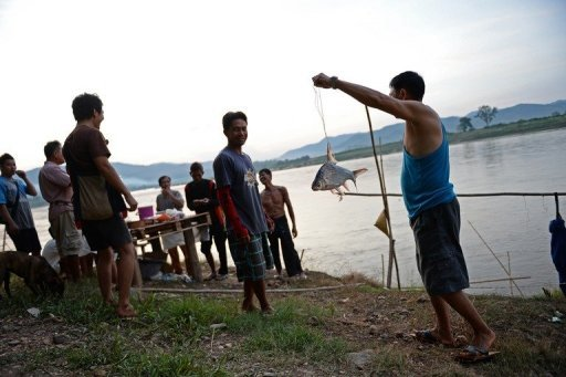 With Mega Dam's Coming Mekong Fishermen Fear for their Future