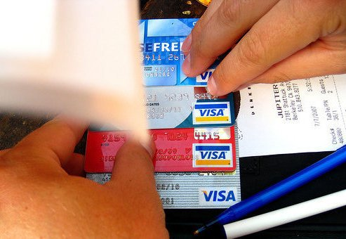 Two Britons, One Taiwanese Nabbed for ATM Card Fraud