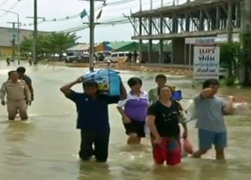Businesses in Thailand Prepare for the Worst as Torrential Rains Continue