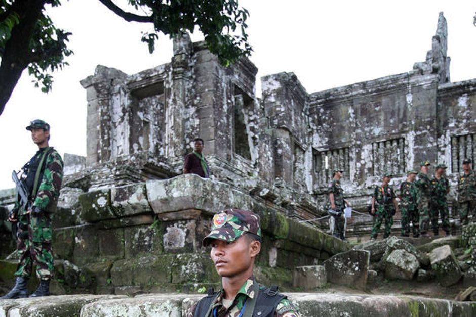 Cambodian guards stand at the Preah Vihear temple before they were pulled out in 2012. Tang Chhin Sothy, file photo: AFP