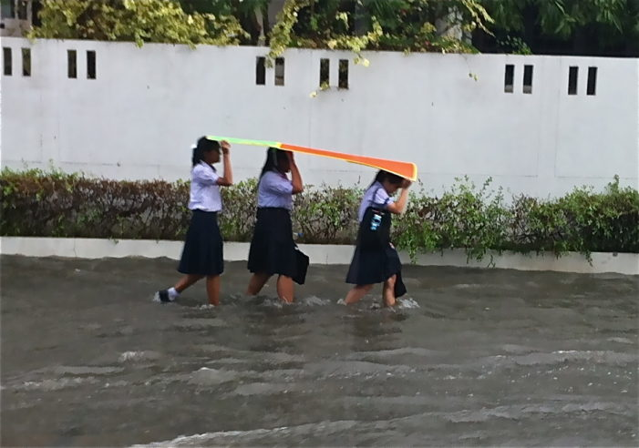 Flooding Causes More than 500 Schools to Close in Thailand