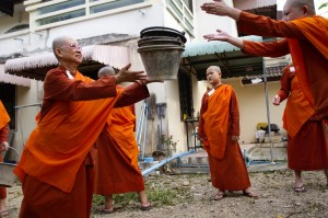 Samaneris, or novice nuns, during a community work session at Wat Songkdhammakalayani, the first temple gathering fully ordained nuns in Thailand since 1960. All nuns are placed at the same level, regardless of their prior education or training.