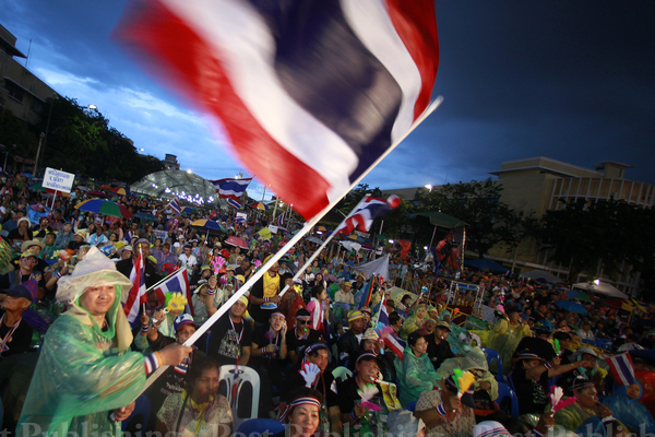23 Countries Issue Travel Alerts for Thailand Due to Protests – Video