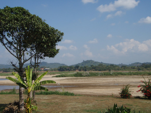 Dry scene of the Mekong River in Chiang Saen district, Chiang Rai province, Thailand.