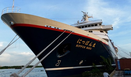 Nippon Maru Carrying ASEAN Youth Leaves Vietnam for Thailand