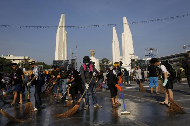 Bangkok's Violence Eases ahead of King's Birthday