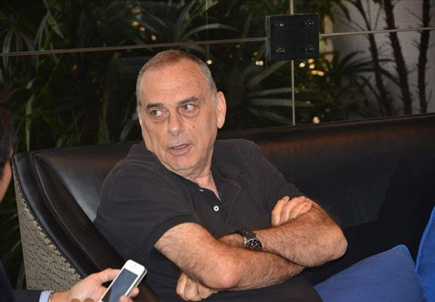 Former Chelsea Manager Avram Grant interested in Thailand Coaching Job