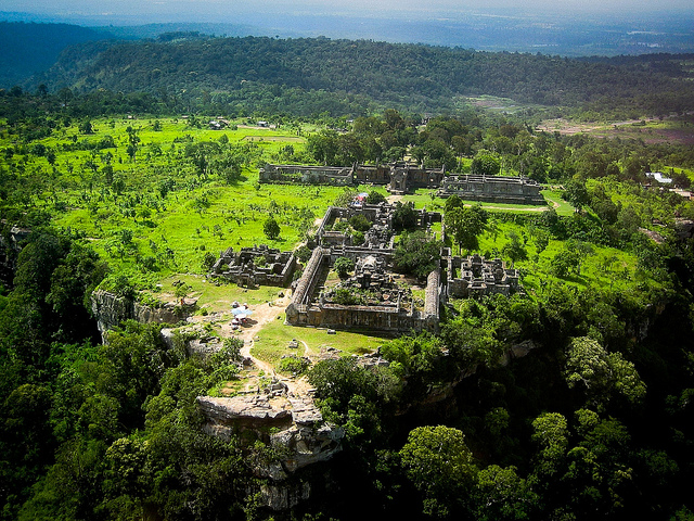 Cambodia Awaiting talks with Thailand on Implementation of ICJ's Ruling of Preah Vihear Temple