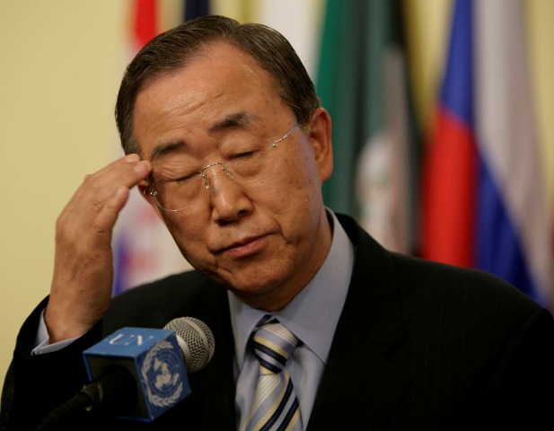 United Nations Secretary-General Ban Ki-moon on Monday voiced concern about the violent clashes in the Thai capital and urged all sides in the unrest to broker a peaceful end to the crisis