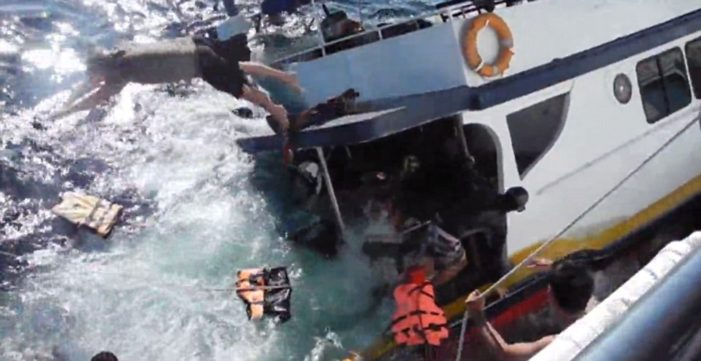 "Dive Boat ""Aladdin"" Sinks off Similan Islands Thailand – Dramatic Video Footage"