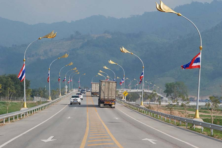 The opening of the fourth friendship bridge over the Mekong River between Thailand and Laos on Dec 11 is boosting trade and tourism as well as the area around the city of Chiang Khong on the Thai side.