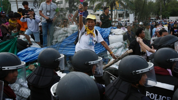 5000 Police in Bangkok Reclaim Area's of the City from Protesters