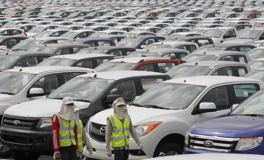 Auto Makers Re-Think Thailand as Auto Hub