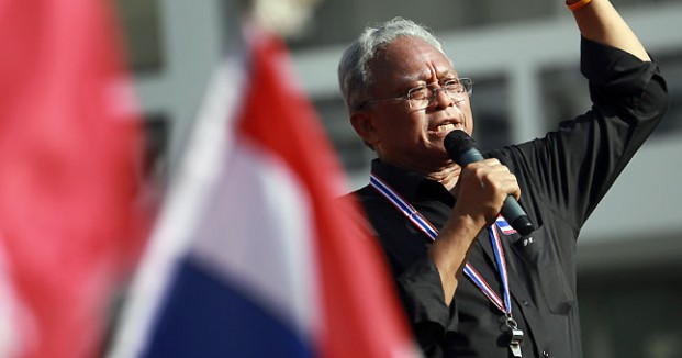 Political Violence Triggers Suthep to Shut Down Protest on Streets of Bangkok