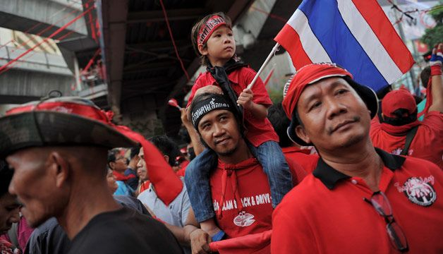 "Tensions Mount as Thai ""Red Shirts"" Prepare Rally to Back Yingluck"