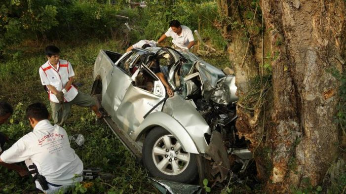 Seven Cambodian's Killed When Truck Hits Tree, Driver Flees Accident Scene