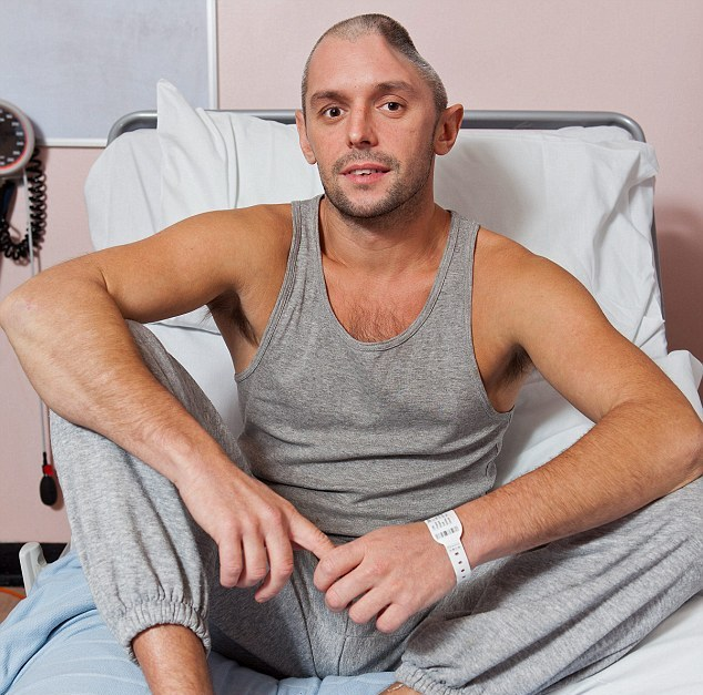 British Tourist Lee Charie Left with Half a Skull after Fall on Thai Holiday, has Titanium Plate Fitted to Fix Dent