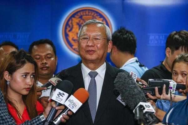 Thailand's Deputy Prime Minister Niwatthamrong Boonsongphaisan answers the media's questions in Bangkok May 7, 2014. Niwatthamrong was appointed as Thailand's caretaker prime minister in place of Yingluck Shinawatra, who was forced to step down by the Constitutional Court on Wednesday along with several ministers after being found guilty of violating the constitution.