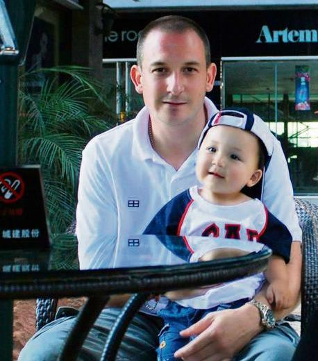 Family To Raise Funds to Send Pattaya Expat Chris Moulds Home