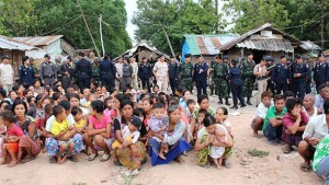 A group of arrested Burmese migrant workers in Mae Sot waiting to be sent back home by Thai authorities on June 4. (Photo: Mahn Myo Myint / The Irrawaddy)