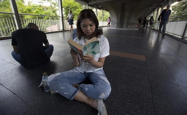 In Junta-Ruled Thailand, the Simple Act of Reading in Public Becomes a New Form of Resistance